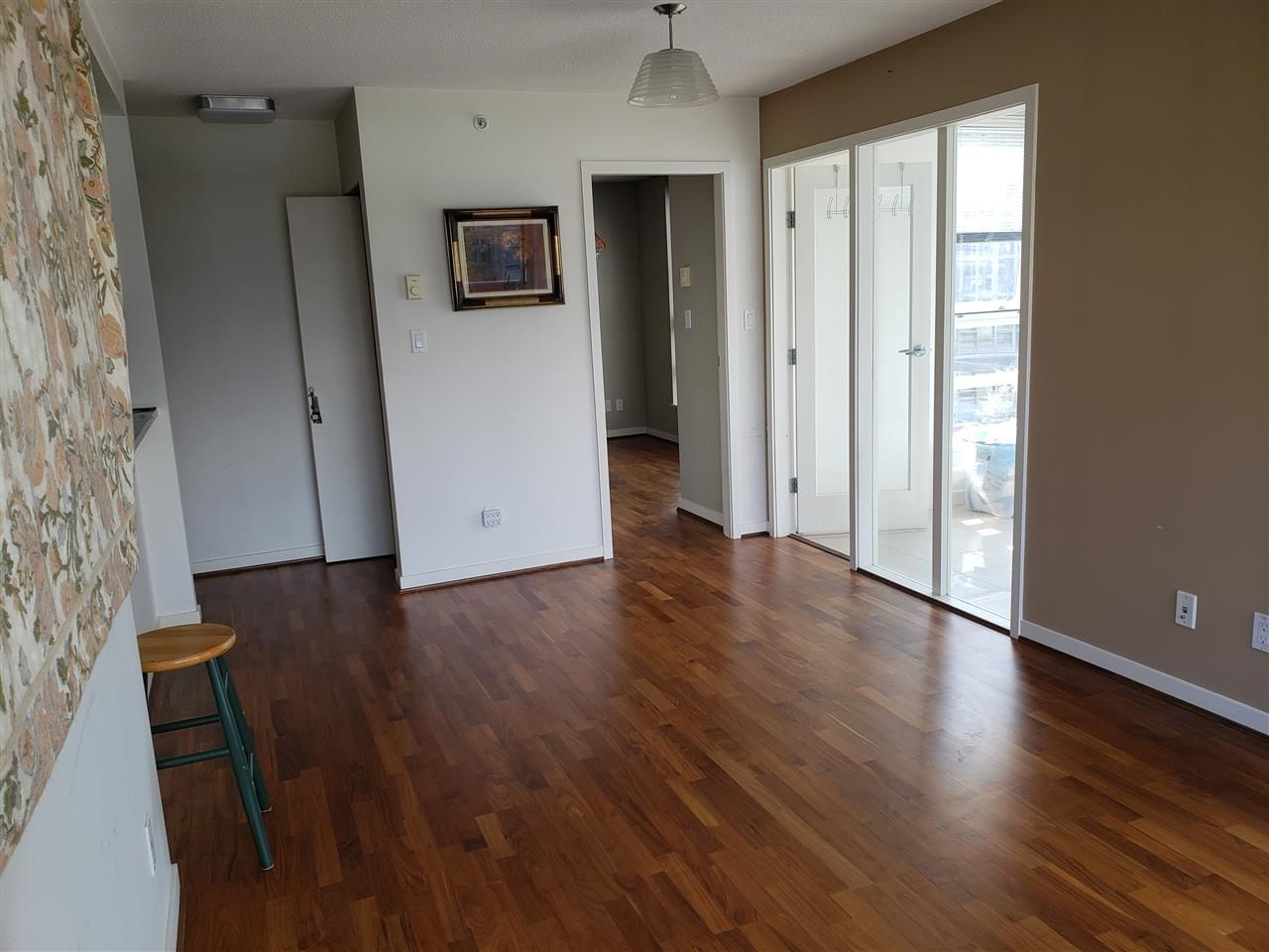 """Photo 3: Photos: 908 939 EXPO Boulevard in Vancouver: Yaletown Condo for sale in """"MAX II"""" (Vancouver West)  : MLS®# R2384214"""