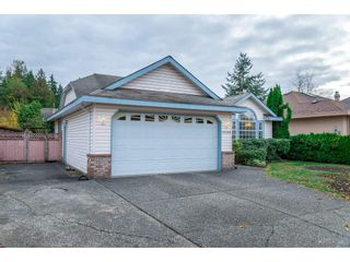 """Photo 2: 15564 112 Avenue in Surrey: Fraser Heights House for sale in """"Fraser Heights"""" (North Surrey)  : MLS®# R2219464"""