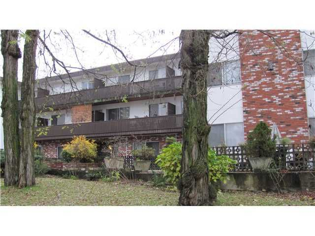 """Main Photo: 209 910 5TH Avenue in New Westminster: Uptown NW Condo for sale in """"ALDERCREST"""" : MLS®# V881727"""