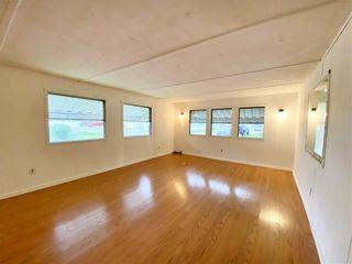 Photo 5: 2 Springwood Drive in Winnipeg: South Glen Residential for sale (2F)  : MLS®# 202124994
