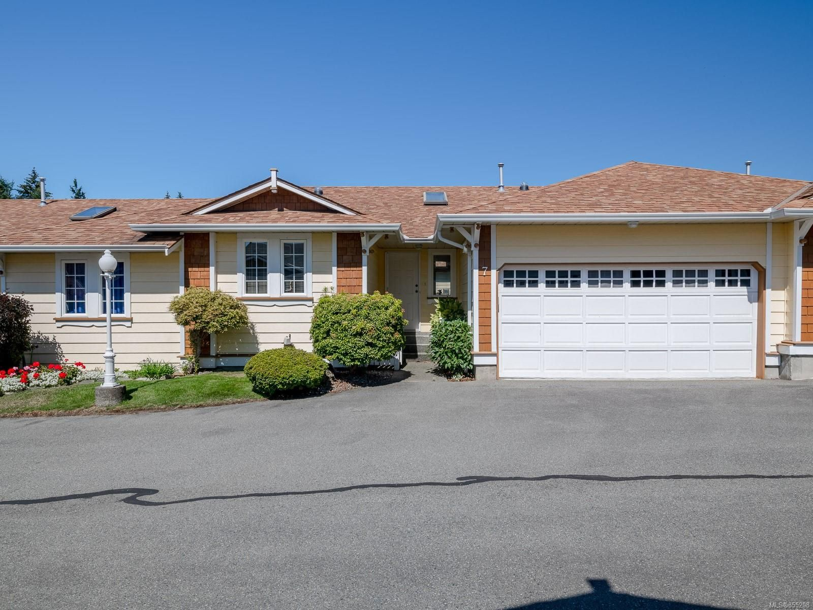 Main Photo: 7 9933 Chemainus Rd in : Du Chemainus Row/Townhouse for sale (Duncan)  : MLS®# 855208