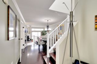 """Photo 2: 8469 PORTSIDE Court in Vancouver: Fraserview VE Townhouse for sale in """"RIVERSIDE TERRACE"""" (Vancouver East)  : MLS®# R2190962"""