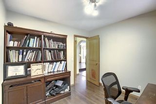 Photo 18: 121 Hawkland Place NW in Calgary: Hawkwood Detached for sale : MLS®# A1071530