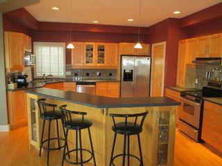 Photo 5: 819 TWIN BROOKS Close in Edmonton: Zone 16 House for sale : MLS®# E4249493
