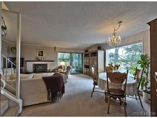 Photo 6: 16 933 Admirals Rd in VICTORIA: Es Esquimalt Row/Townhouse for sale (Esquimalt)  : MLS®# 635217