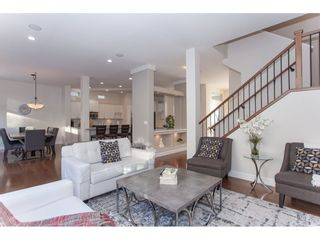 """Photo 3: 20141 68A Avenue in Langley: Willoughby Heights House for sale in """"Woodbridge"""" : MLS®# R2354583"""