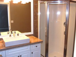 Photo 13: 15539 Thrift Ave in White Rock: Home for sale