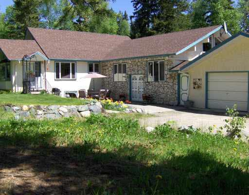 Main Photo: 3209 BOESEM ROAD in : Quesnel Rural - South House for sale : MLS®# N189044