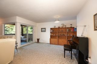 Photo 5: 275 MONTROYAL Boulevard in North Vancouver: Upper Delbrook House for sale : MLS®# R2603979