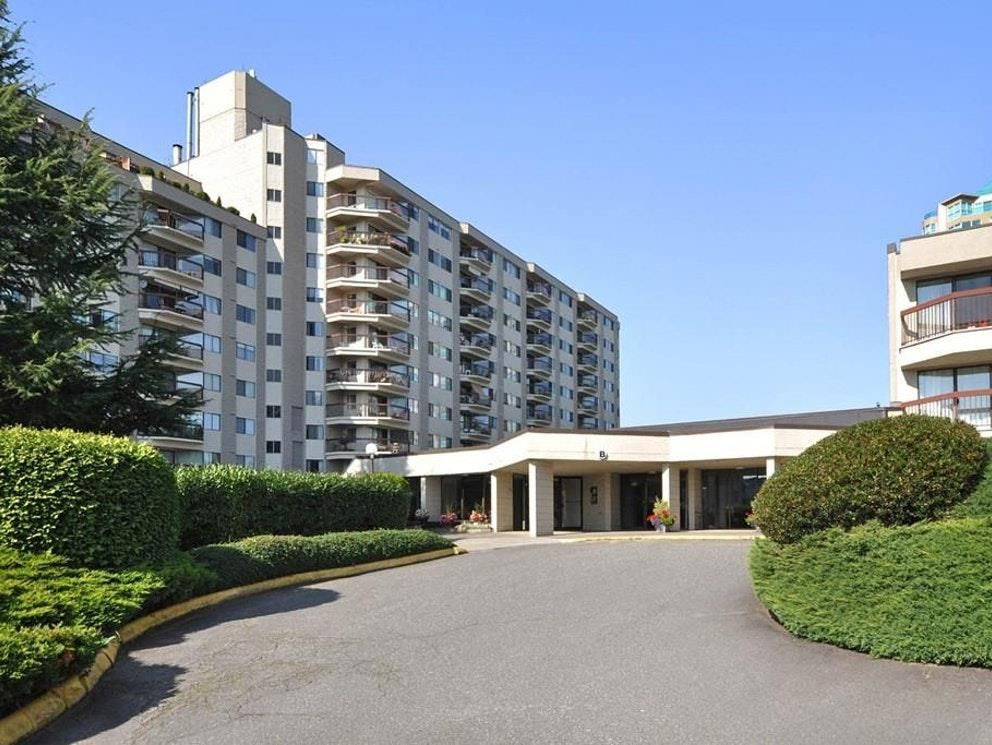 """Main Photo: 407 31955 OLD YALE Road in Abbotsford: Abbotsford West Condo for sale in """"Evergreen Village"""" : MLS®# R2415695"""