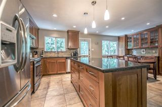 Photo 2: 3812 RICHMOND Street in Port Coquitlam: Lincoln Park PQ House for sale : MLS®# R2174162