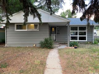 Photo 1: 1329 Connaught Avenue in Moose Jaw: Central MJ Residential for sale : MLS®# SK864836