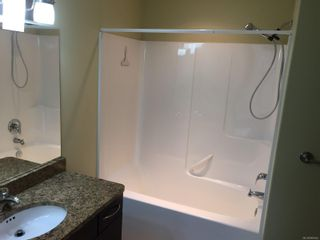 Photo 11: 204 1392 S Island Hwy in : CR Willow Point Condo for sale (Campbell River)  : MLS®# 869642