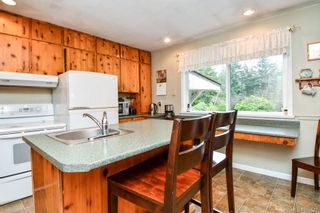Photo 4: 3152 York Rd in : CR Campbell River South House for sale (Campbell River)  : MLS®# 866527