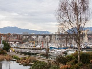 """Photo 21: 201 1551 MARINER Walk in Vancouver: False Creek Condo for sale in """"LAGOONS"""" (Vancouver West)  : MLS®# V1098962"""