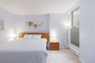 """Photo 15: 202 2668 ASH Street in Vancouver: Fairview VW Condo for sale in """"CAMBRIDGE GARDENS"""" (Vancouver West)  : MLS®# R2510443"""