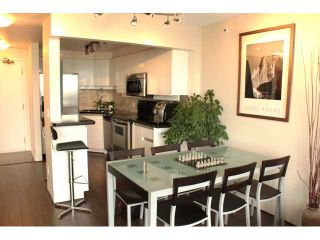 """Photo 11: 2802 930 CAMBIE Street in Vancouver: Yaletown Condo for sale in """"PACIFIC LANDMARK II"""" (Vancouver West)  : MLS®# V1072041"""