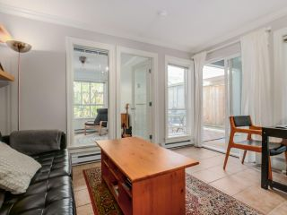 Photo 7: 208 3939 HASTINGS STREET in Burnaby: Vancouver Heights Condo for sale (Burnaby North)  : MLS®# R2078588