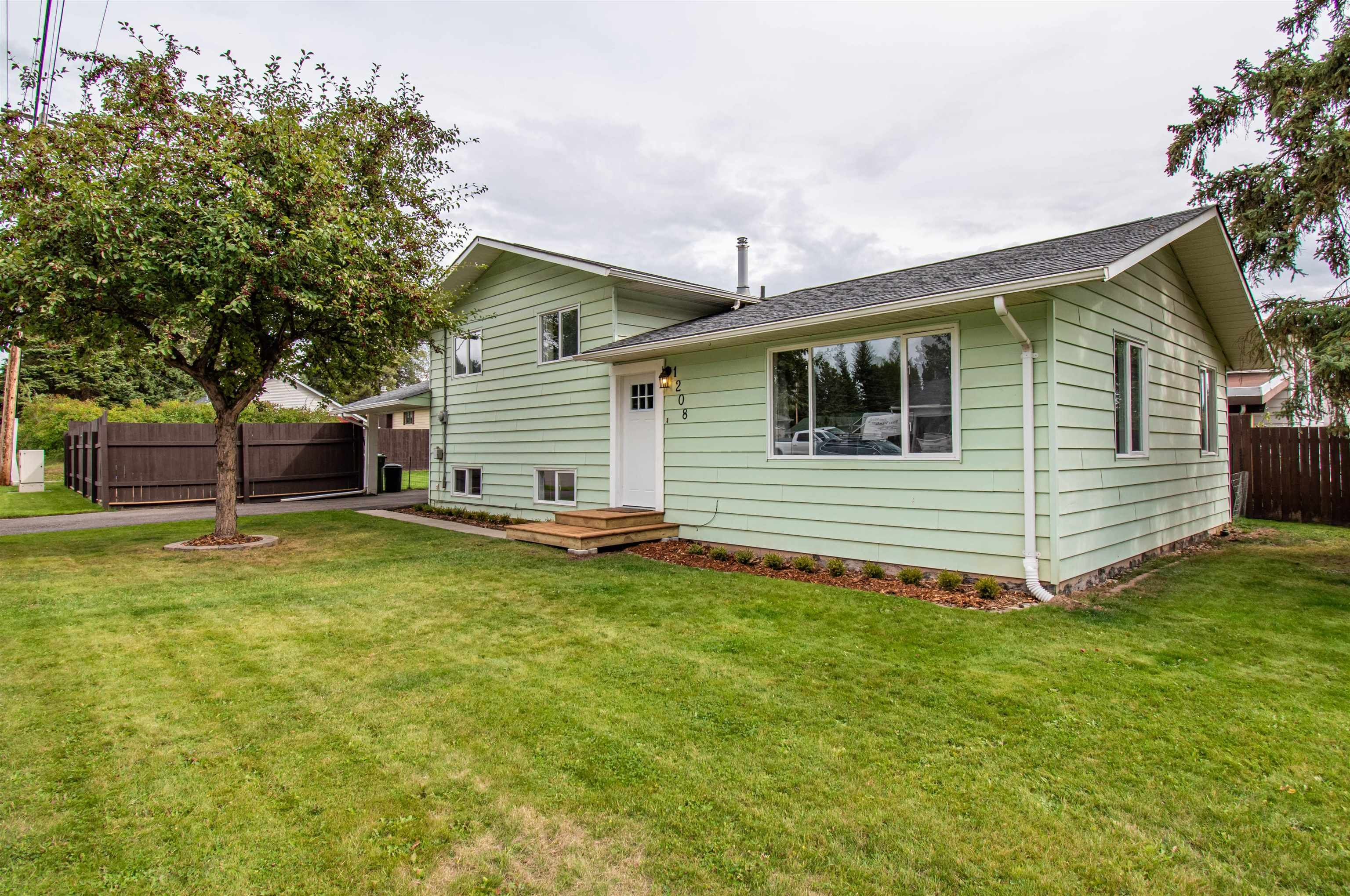 Main Photo: 1208 TORONTO Street in Smithers: Smithers - Town House for sale (Smithers And Area (Zone 54))  : MLS®# R2616091