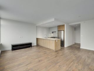 """Photo 5: 807 258 NELSON'S Court in New Westminster: Sapperton Condo for sale in """"THE COLUMBIA"""" : MLS®# R2575801"""