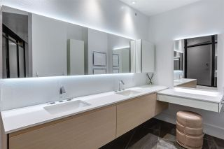 """Photo 16: 3801 1211 MELVILLE Street in Vancouver: Coal Harbour Condo for sale in """"The Ritz"""" (Vancouver West)  : MLS®# R2487231"""