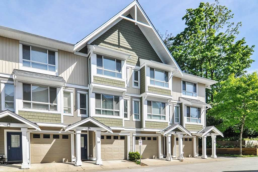 Main Photo: 33 20159 68 AVENUE in : Willoughby Heights Townhouse for sale : MLS®# R2366169