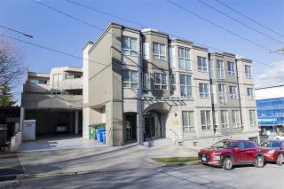 """Main Photo: 106 3615 W 17TH Avenue in Vancouver: Dunbar Condo for sale in """"PACIFIC TERRACE"""" (Vancouver West)  : MLS®# R2559562"""