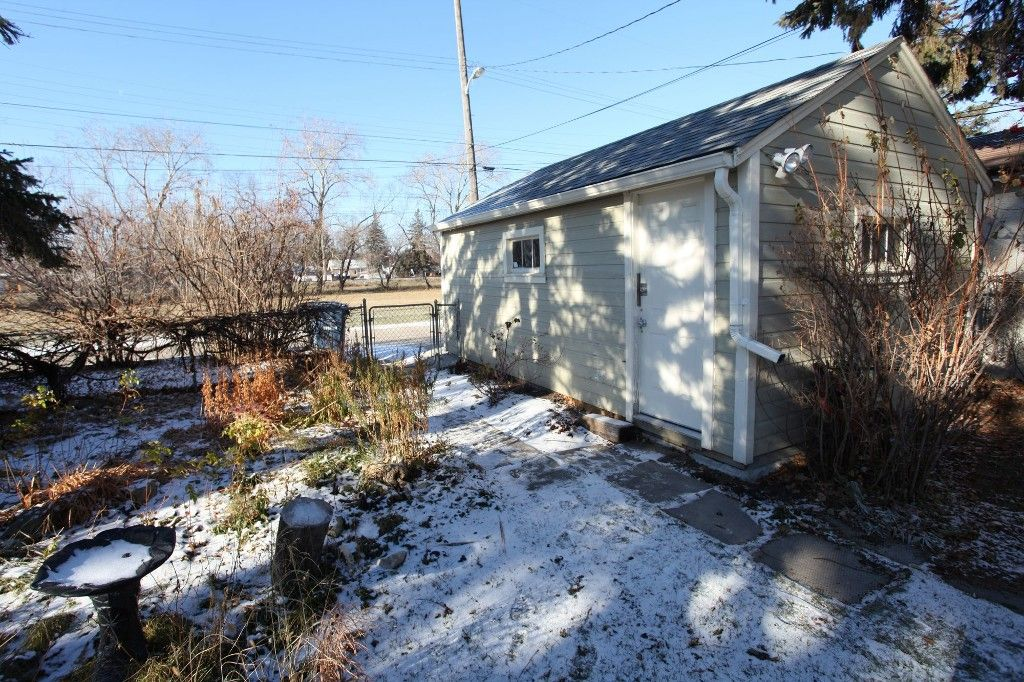 Photo 51: Photos: 125 Lindsay Street in WINNIPEG: River Heights Single Family Detached for sale (South Winnipeg)  : MLS®# 1427795