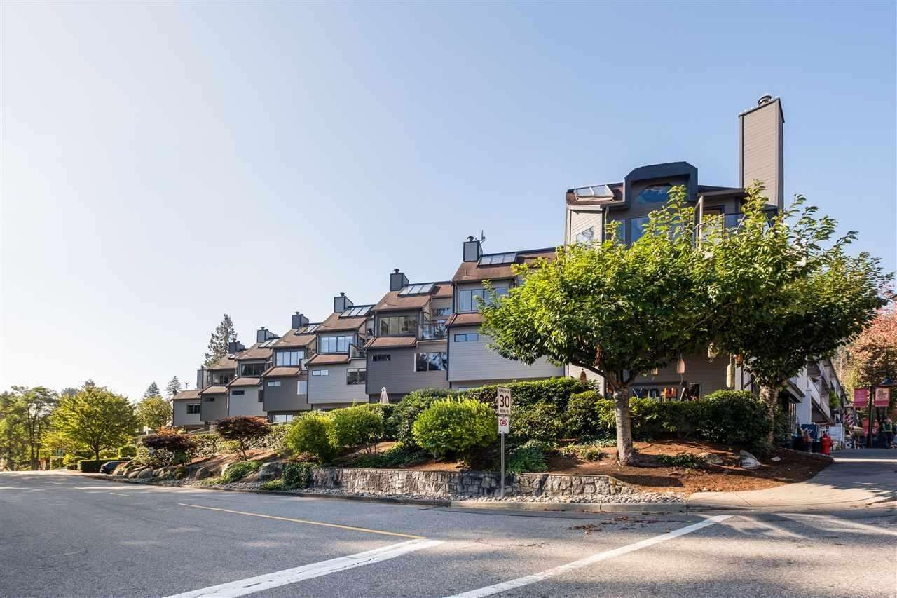 """Main Photo: 9 2151 BANBURY Road in North Vancouver: Deep Cove Townhouse for sale in """"Mariner's Cove"""" : MLS®# R2585688"""