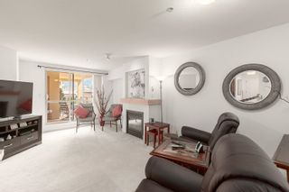 """Photo 8: 308 1211 VILLAGE GREEN Way in Squamish: Downtown SQ Condo for sale in """"ROCKCLIFF"""" : MLS®# R2621260"""