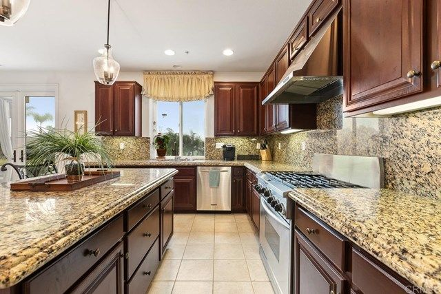 Photo 15: Photos: House for sale : 5 bedrooms : 1171 Adena Way in San Marcos