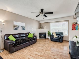 Photo 3: 25 Martha's Haven Manor NE in Calgary: Martindale Detached for sale : MLS®# A1101906