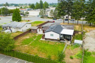Photo 3: 26340 30A Avenue in Langley: Aldergrove Langley House for sale : MLS®# R2614135