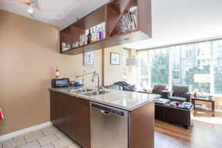 """Photo 5: 304 1001 RICHARDS Street in Vancouver: Downtown VW Condo for sale in """"MIRO"""" (Vancouver West)  : MLS®# R2326363"""