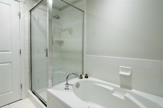 Photo 16: 301 9266 UNIVERSITY Crescent in Burnaby: Simon Fraser Univer. Condo for sale (Burnaby North)  : MLS®# R2464043