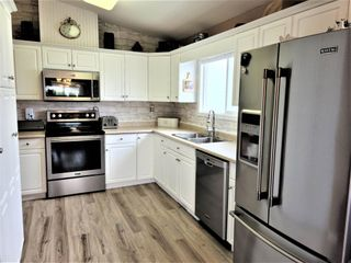 """Photo 12: 106 45918 KNIGHT Road in Chilliwack: Sardis East Vedder Rd House for sale in """"Country Park"""" (Sardis)  : MLS®# R2607919"""