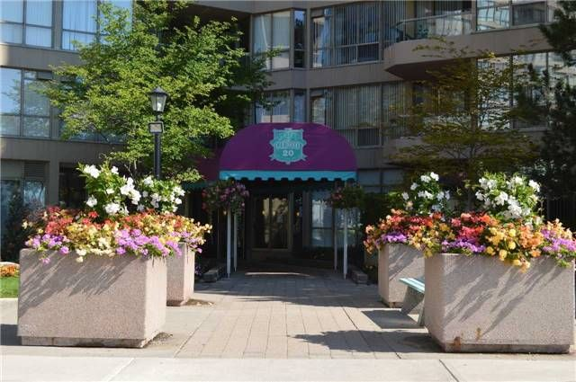 Main Photo: 613 20 Guildwood Parkway in Toronto: Guildwood Condo for lease (Toronto E08)  : MLS®# E3569046