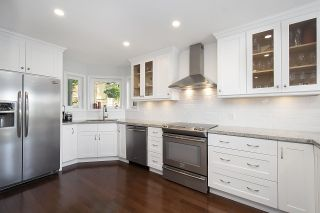 Photo 12: 1181 RUSSELL Avenue in North Vancouver: Indian River House for sale : MLS®# R2478577