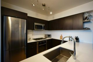 """Photo 3: 2 7988 ACKROYD Road in Richmond: Brighouse Townhouse for sale in """"QUINTET"""" : MLS®# R2575333"""