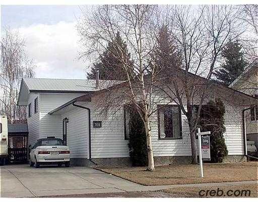 Main Photo:  in CALGARY: Braeside Braesde Est Residential Detached Single Family for sale (Calgary)  : MLS®# C2360690