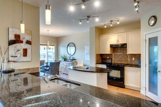 Photo 5: 80 Everglen Close SW in Calgary: Evergreen Detached for sale : MLS®# A1124836