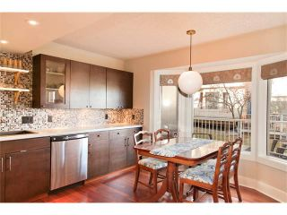 Photo 3: 246 CHRISTIE PARK Mews SW in Calgary: Christie Park House for sale : MLS®# C4089046