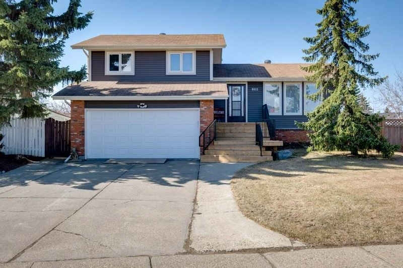 FEATURED LISTING: 8611 105 Avenue Morinville