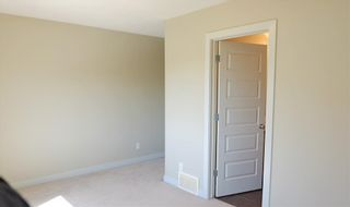 Photo 16: 1419 CUNNINGHAM Drive in Edmonton: Zone 55 Townhouse for sale : MLS®# E4239672