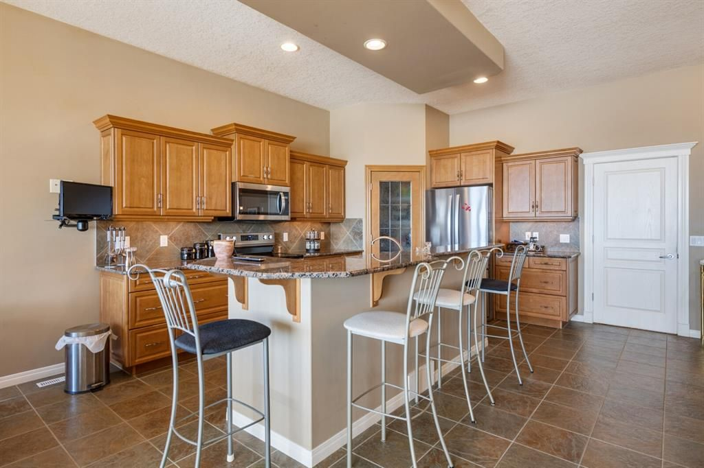 Photo 10: Photos: 3 Tuscany Glen Place NW in Calgary: Tuscany Detached for sale : MLS®# A1091362