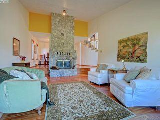 Photo 4: 1000 HIGHROCK Ave in VICTORIA: Es Rockheights House for sale (Esquimalt)  : MLS®# 793140