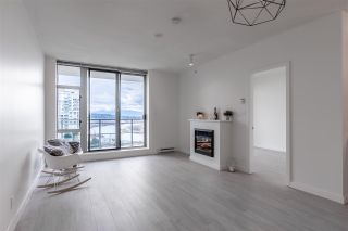 """Photo 8: 1703 280 ROSS Drive in New Westminster: Fraserview NW Condo for sale in """"THE CARLYLE AT VICTORIA HILL"""" : MLS®# R2576936"""