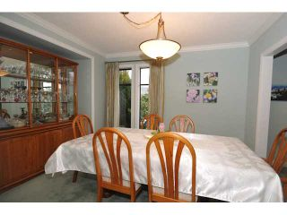 """Photo 12: 10351 HOGARTH Place in Richmond: Woodwards House for sale in """"WOODWARDS"""" : MLS®# V881151"""