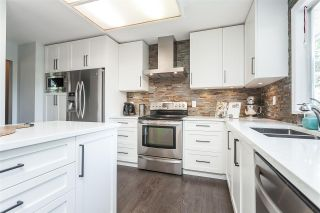 """Photo 18: 15739 96A Avenue in Surrey: Guildford House for sale in """"Johnston Heights"""" (North Surrey)  : MLS®# R2483112"""