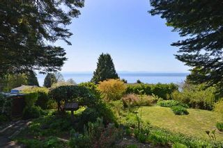 Photo 5: 221 SECOND Street in Gibsons: Gibsons & Area House for sale (Sunshine Coast)  : MLS®# R2259750